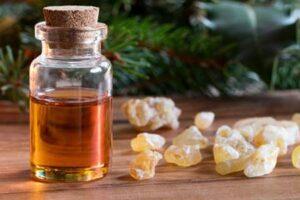 buhur yağı günlük yağı frankincense yağı ile cilt lekesi tedavisi