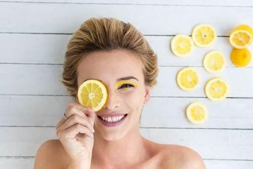 ciltteki gözenekleri limonla sıkılaştırmak