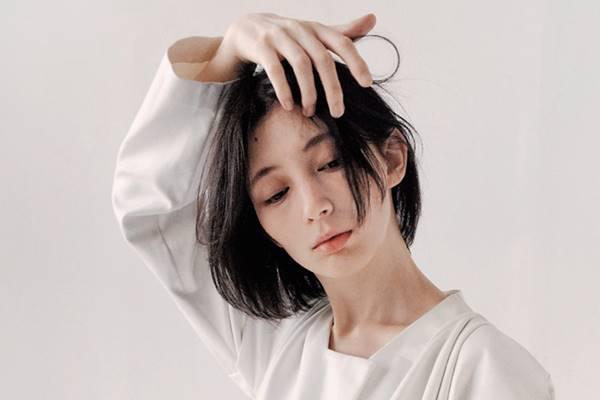 Saç derisinde beyaz plaka oluşumu