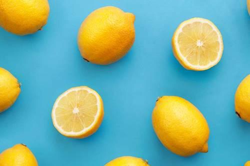 sivilce tedavisi için muz kabuğu ve limon suyu